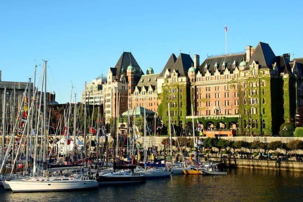 Visit Victoria to check in our your reno